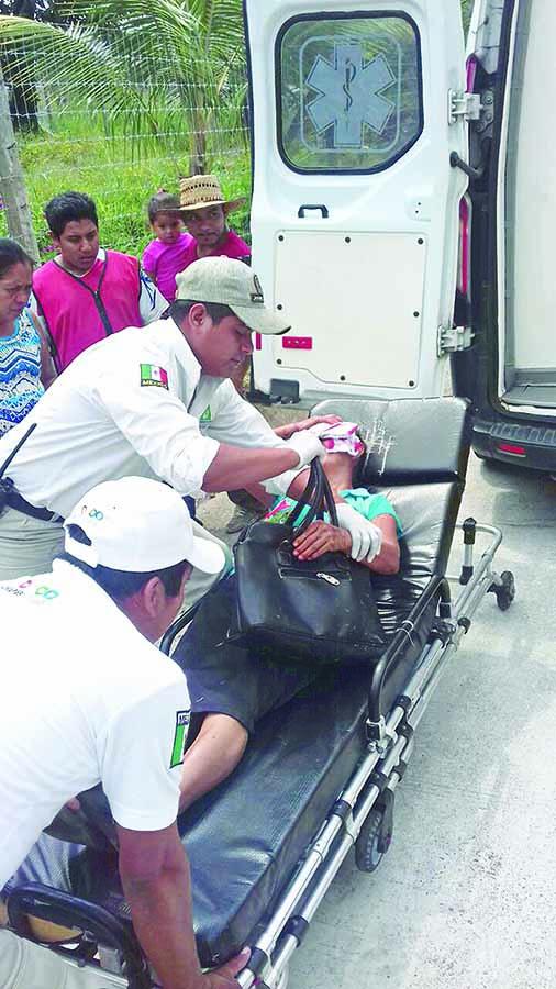 Pasajera Lesionada al Accidentarse Moto Triciclo