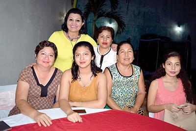 Carina Martínez, Sonia Vázquez, Paula Poumian, Irma Hernández, Judy Hernández, Fanny Monterrosa.