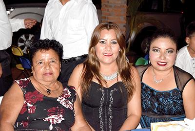 CandiCancino, Karina Orellana, RosalvaCancino.