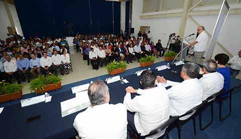 Expertos de México y Sudamérica en Congreso de Educación e Innovación Tecnológica Organizado por la UNACH