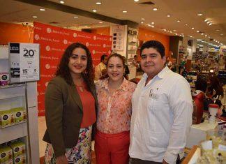 Anabel Reyes, jefe de Línea Blanca; Berenice González, jefe de Publicidad; Manuel Hidalgo, jefe de Dulcería.