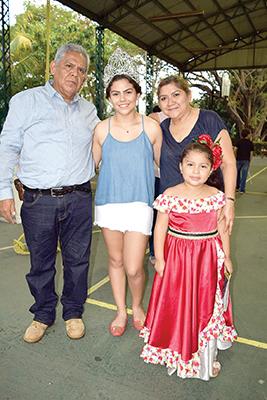 José Cortés, Camila Cortés, Antonieta de Cortés, Paulina Cortés.