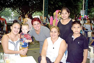 Familias García Gamboa y Zerón Rodríguez.