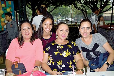 Rosario de Vila, Alexa, Maggie Arenas, Bere Ibarias.