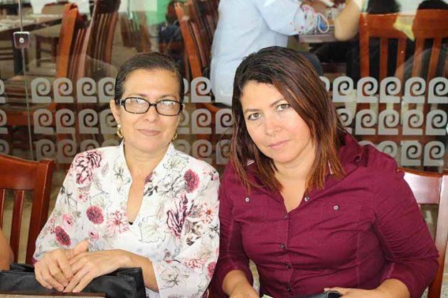 Lourdes Villalobos, Candy Cruz.