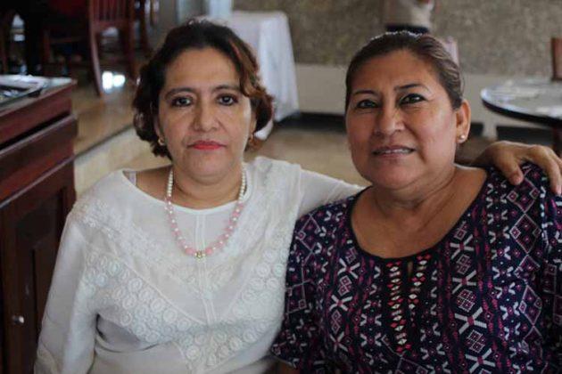 Patricia Calderón, Mary Quiñones.