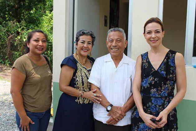 Yadira Olaldes, Teresa, José Choy, Susy de Herrera.