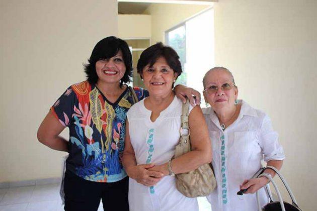 Carina Martínez, Luci Witt, Rosario Iries.
