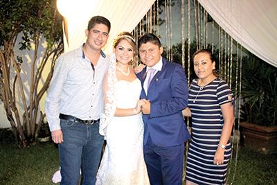 Rogelio Marroquín, Dalia Zamora, Gabriel Guerrero, Aida Flores.