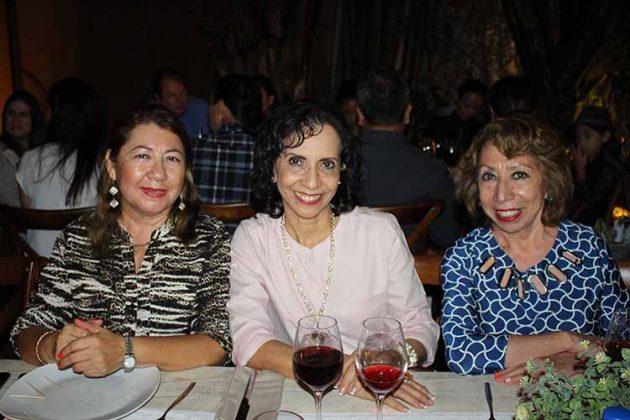 Sara García, Ana Lilia de Cruz, Yoly de Osornio.