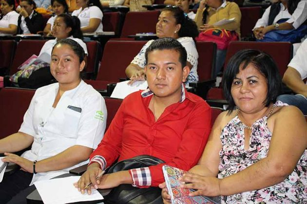 Jaelyne, Didier Vázquez, Mónica Ramírez.