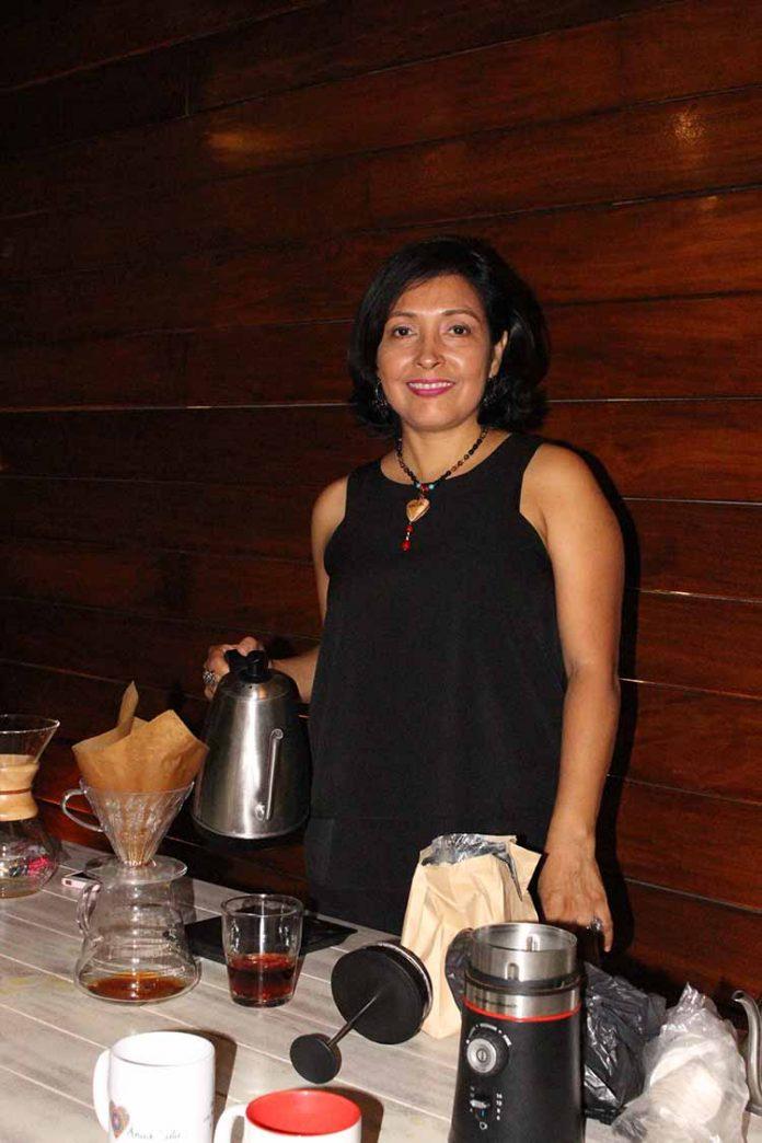 Karina López. Barista.