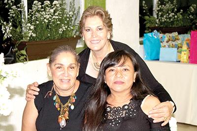Thelma Miranda, Emma Rodríguez, Gladys Barasa.