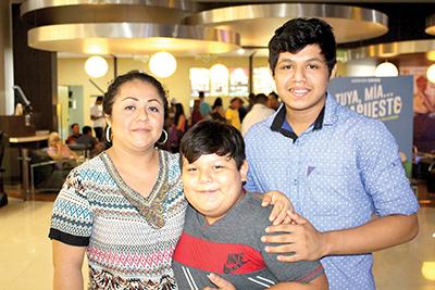Familia Olaldes Aguilar.