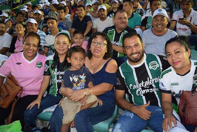 """Lleno Total en el Estadio """"Manuel Velasco Coello"""""""