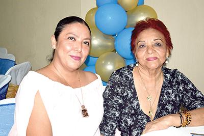 Claudia Bustamante, Benilia Girón.