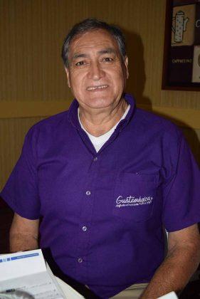 Carlos Rezzio, gerente de Búngalos El Jardín, Cafetos y Hotel el Arco, miembro de la mesa local de turismo Guatemágica.