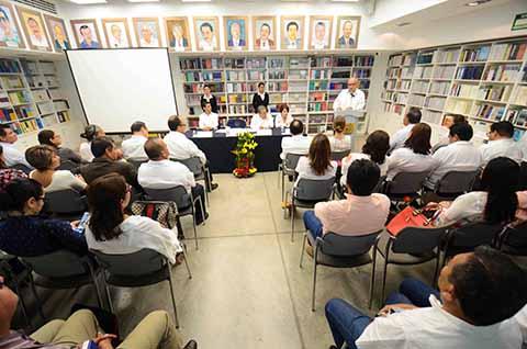 Atiende CEDES-UNACH Alumnos de 22 Estados de la República, Perú y España