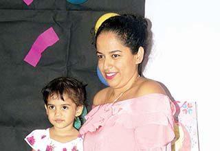 Melissa Villatoro, Monserrat Luis.