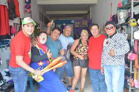 Payasos Llevarán Caravana de Sonrisas a Comunidades Marginadas