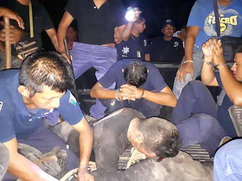 Pobladores de Marte R. Gómez pretendían lincharlos, luego de enfrentarse con personas armadas que habitan en el ejido.