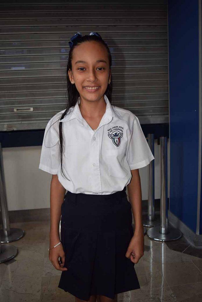 """Indra Zamora, primaria """"5 de febrero""""."""