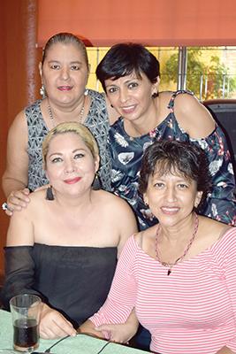 Conchis Pedredo, Lupita Calderón, Norma Rosales, Bety Mendoza.