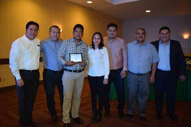 Mario Martínez, Luis Cañaveral, Antonio Vázquez, Kristel Negrete, Luis García, Mario Gutiérrez, Sergio Cameras.