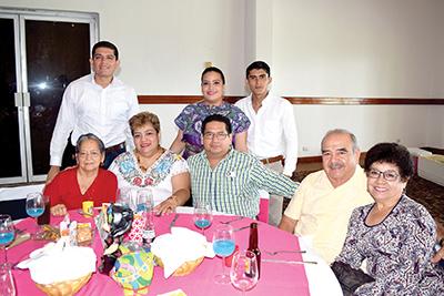 Mario Rizo, José Citalán, María Citalán, Carmen Ruiz, María Blasi, Oscar Hernández, Toño Blasi, Laura Pineda.