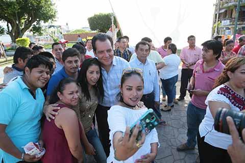 Roberto Albores le Apuesta al Turismo