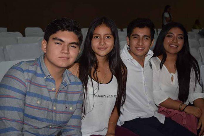 Brian Zamora, Pily de los Santos, Gerardo de los Santos, Sofía Ortiz.