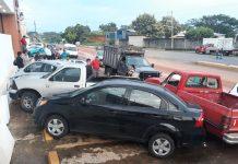 Carambolazo en la Costera Deja 5 Vehículos Dañados