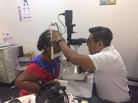 Realizarán Cirugías de Cataratas a Bajo Costo