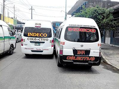 Colisionaron dos Colectivas de la Indeco