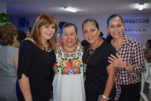 Malena Alcántara, María del Carmen Becerra, Lupita González, Paola cruz.