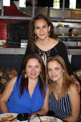 Zussette Barrios, Jenny Domínguez, Roxana D´Elia.