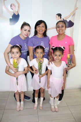 Lorena Méndez, Lorien García, Adriana Toledo, Elisa López, Liliana Córdova, Jimena Ortega.