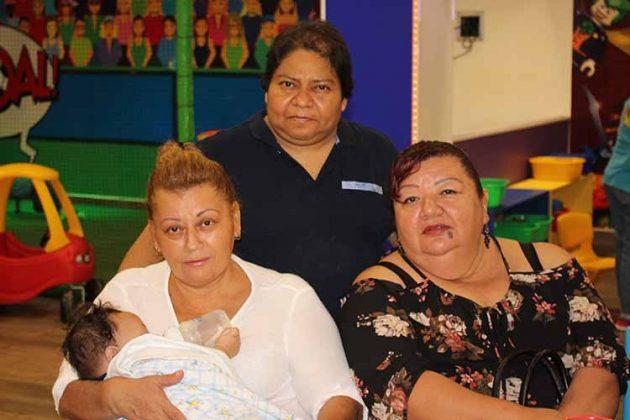 Elisa López, Lourdes Muñoz, Elizabeth Pérez, Emiliano Federico.