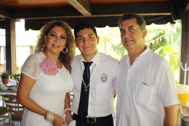 Esperanza D´Aquino, Alejandro, Nazario Salazar.