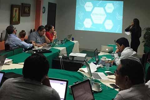 Culmina Diplomado en Innovación Empresarial Impartido en la UPTAP