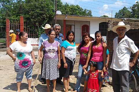 Reclaman Obra de Drenaje en Frontera Hidalgo