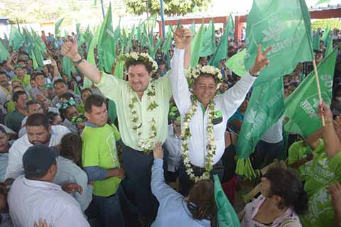 Chiapas Para los Chiapanecos: FCC