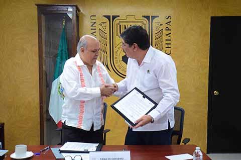 Suscriben Acuerdo UNACH y Comisión Estatal de Conciliación y Arbitraje Médico