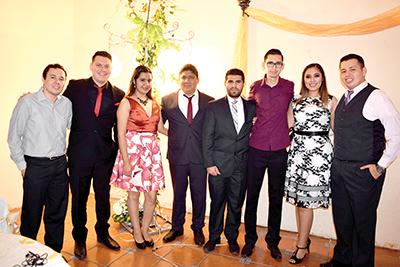 Ernesto, Romeo Ochoa, Thelma Villafuerte, Mansel Rendón, Omar Durazo, Karina Caba, Sebastián Cruz.