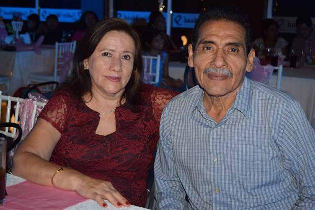 Carlos Cifuentes, María Muñoz.