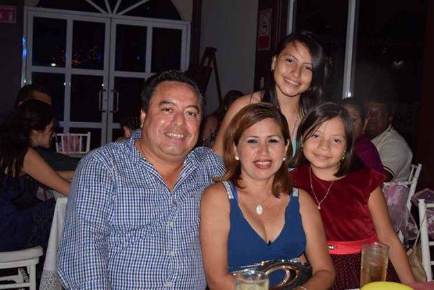Familia García Oceguera.