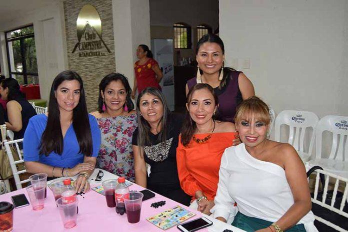 Marifer de Morán, Abilene de Moreno, Gladis Trujillo, Fanny Trujillo, Malena Cancino, María Escobar.