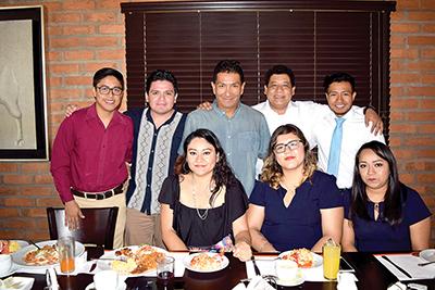 Rullu Mendoza, Trinidad López, Omar Kim, Ronay González, Fernando Urbiela, Tony García, Gabriela Chandomí, Alejandra Córdova.