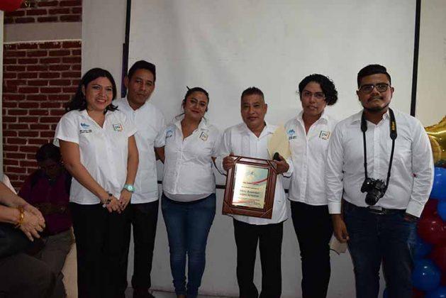 Yadira Guerrero, Javier Meza, Giseth Gordillo, Rosemberg López, presidente de Una Mano Amiga en la Lucha Contra el SIDA; Esaú Hernández, Daniel Ventura.