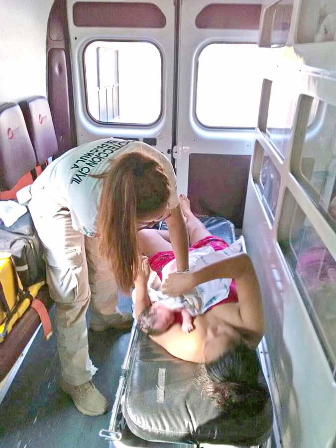 Nace Bebé en Ambulancia